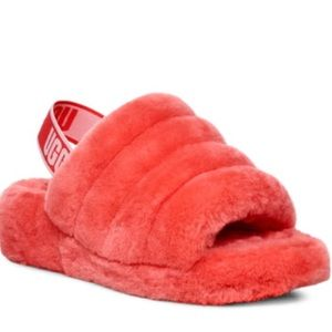UGG SLIPPERS, ALL SIZES, ALL COLORS